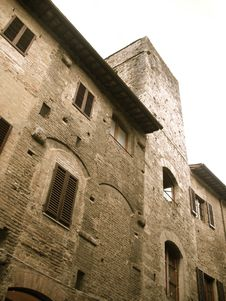 Free Short Tower In San Gimignano, Italy Stock Photography - 14390812
