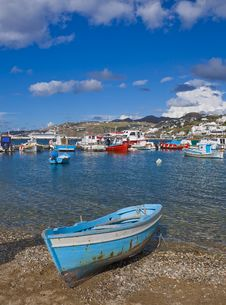 Free Fishing Boats In The Bay Of Chora Mykonos Royalty Free Stock Photography - 14391457