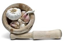 Free Garlic In A Mortar And Pestle. Stock Images - 14394044