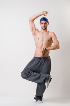 Free Handsome Young Dancer Concentrated Royalty Free Stock Photography - 14394357