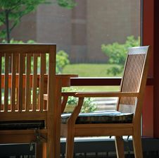 Free Empty Chair Royalty Free Stock Photo - 14399565