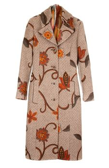 Free Feminine Brown Winter Coat Stock Photos - 14399953