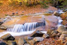 Free Brown Rock Falls Stock Images - 1442044