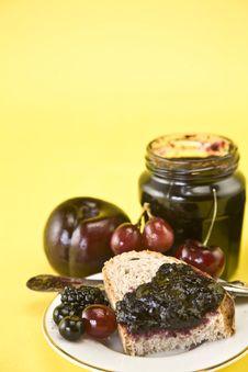 Free Blackberry Jam And Fruit Stock Image - 14400611