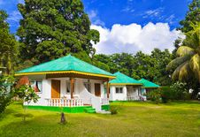 Free Bungalow In Hotel At Tropical Beach Royalty Free Stock Image - 14403056