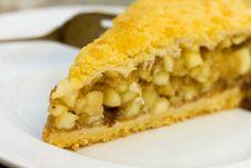 Free Slice Of Freshly Baked Apple Pie Stock Image - 14403141