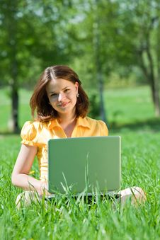 Free Girl Working With Laptop Royalty Free Stock Photo - 14405635