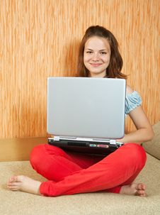 Free Girl Sitting With Laptop Royalty Free Stock Photography - 14405687