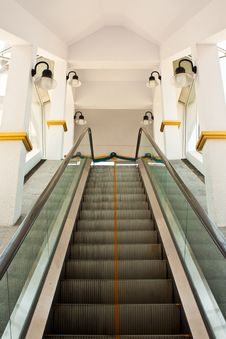 Free Image Of Escalator Stock Photography - 14407282