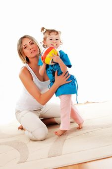 Free Mother And Her Young Daughter Royalty Free Stock Photography - 14410787