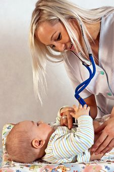 Free Well Baby Check-up Stock Photos - 14411913