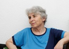Free Relaxed Elderly Woman Resting Royalty Free Stock Photography - 14415357