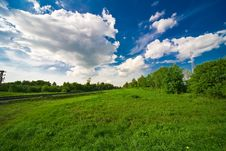 Free Blue Sky With Clouds And Field Royalty Free Stock Images - 14416029