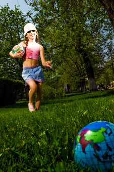 Free Girl With Ball Stock Photo - 14420810