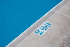 Free Warning Depth Indication In A Pool Royalty Free Stock Image - 14421576