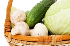 Free Wattled Basket With Vegetables Royalty Free Stock Photo - 14424025