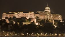 Free Night Lights In Budapest Royalty Free Stock Photo - 14424435
