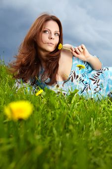 Free Woman On Field In Summer Royalty Free Stock Photos - 14425178