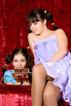 Free Two Lovely Teen Girls Stock Photos - 14425803