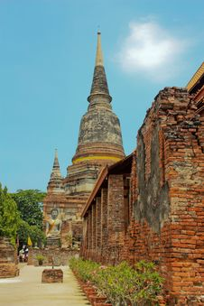 Ancient Stupa Of Buddha In Thailand Royalty Free Stock Photo