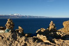The Namtso Lake And The Rocks Royalty Free Stock Images