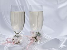 Free Two Glasses With Champagne Stock Image - 14430411
