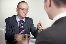 Free Businessman Explaining Royalty Free Stock Images - 14431619