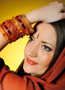 Free Young Beautiful Woman In Indian Traditional Style Stock Image - 14431781
