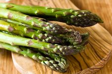 Free A Bunch Of Fresh ,green Asparagus ,close Up Royalty Free Stock Photos - 14435198