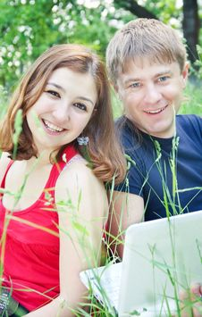 Free Young Pair Royalty Free Stock Photography - 14436607