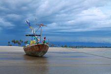 Free Asia Fishing Boat . Royalty Free Stock Image - 14437536
