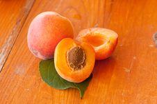 Free Apricots Royalty Free Stock Photo - 14439625