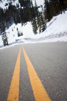 Free Road To The Mountains Stock Photos - 14440923
