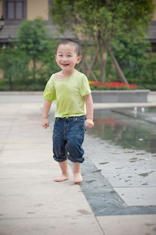 Free Laughing Chinese Boy Stock Image - 14446411