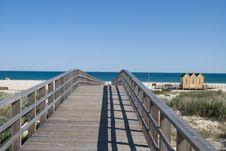 Free The Bridge To Ocean Royalty Free Stock Photo - 14448935