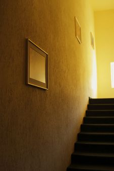 Free Stairway Interior Royalty Free Stock Photos - 14457208
