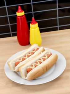 Free Hotdogs Royalty Free Stock Image - 14458506