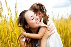 Free Mother And Daughter Royalty Free Stock Photo - 14459425