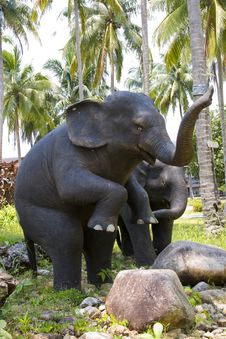 Free Sculptures Of Elephants Royalty Free Stock Photo - 14462155