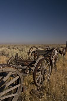 Free Discarded Old Wooden Wagons Royalty Free Stock Images - 14464839