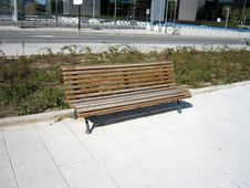 Free Wooden Bench Royalty Free Stock Image - 14467416