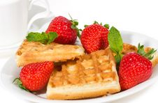 Free Waffles With Strawberries Royalty Free Stock Photography - 14467737