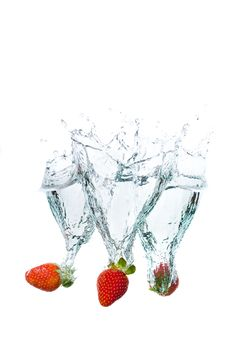 Free Fresh Strawberiiers Water Splash Royalty Free Stock Photos - 14469058