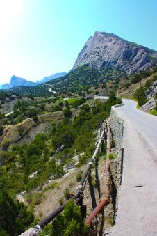 Lacet In Crimea Mountains Royalty Free Stock Image
