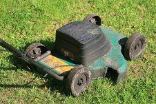 Free Lawnmower Stock Photos - 14475043