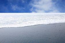 Free Frozen Lake Baikal Royalty Free Stock Photos - 14479358
