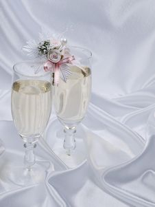 Free Glasses With Champagne And Weddings Buttonholes Stock Image - 14481481