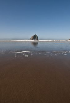 Free Low Tide Sand And The Rock Stock Image - 14481961