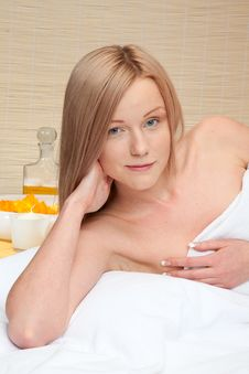 Free Beauty Woman In Spa Stock Image - 14482031
