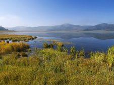 Free Mountain Lake Royalty Free Stock Images - 14486239